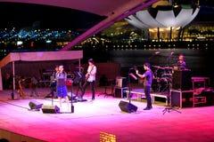 Funcionamiento en el teatro al aire libre Singapur de la explanada Imágenes de archivo libres de regalías