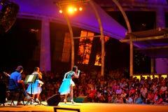 Funcionamiento en el teatro al aire libre Singapur de la explanada Imagenes de archivo