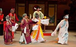 Funcionamientos de la ópera del Cantonese Imagen de archivo