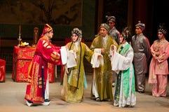 Funcionamientos de la ópera del Cantonese Imagenes de archivo