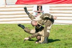 Funcionamientos de la demostración de tropas especiales Foto de archivo