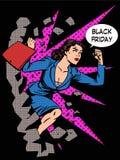 Funcionamientos del comprador de mujer de Black Friday en venta Imágenes de archivo libres de regalías