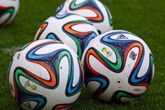 Funcionario la FIFA bolas de 2014 mundiales (Brazuca) Foto de archivo libre de regalías