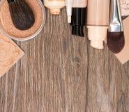 Fundacyjni makeup produkty z kopii przestrzenią fotografia stock