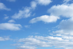 Fundamentele blauwe hemelachtergrond Royalty-vrije Stock Foto's