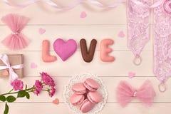 Fundamentos aéreos da mulher, grupo do rosa da noiva da forma Fotos de Stock Royalty Free