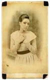Fundersam ung lady royaltyfria bilder