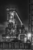 Fundición de acero en la noche Imágenes de archivo libres de regalías