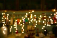 Fundo abstrato com as decora??es do Natal de ampolas de incandesc?ncia imagem de stock