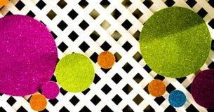 Fundo abstrato com círculos brilhantes imagens de stock