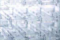 Fundo abstrato da alto-tecnologia Detalhes de plástico ou de vidro transparente Corte do laser do plexiglás fotos de stock