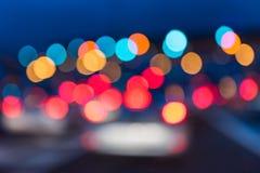 Fundo abstrato da luz da noite dos engarrafamentos Fotografia de Stock Royalty Free