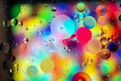 Fundo abstrato de círculos múltiplos em cores vibrantes fotos de stock