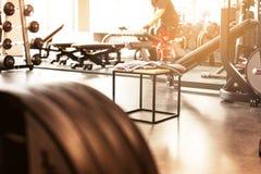 Fundo abstrato do gym da aptidão do borrão imagem de stock
