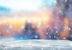 Fundo abstrato do inverno com pilha da neve Fotos de Stock