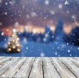 Fundo abstrato do inverno com pranchas de madeira Fotografia de Stock