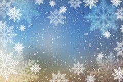 Fundo abstrato do Natal com flocos de neve Fotos de Stock Royalty Free