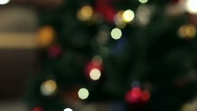 Fundo abstrato do Natal com luzes Defocused Fundo do Natal, bokeh vídeos de arquivo