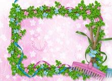 Fundo abstrato para o anúncio com cubeta floral Imagens de Stock