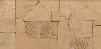 Fundo - as extremidades de feixes de madeira, painel colado da mobília Imagem de Stock