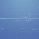 Fundo azul com as listras verticais brancas imagens de stock royalty free