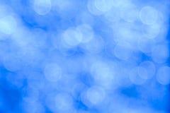 Fundo azul do bokeh criado pelas luzes de néon Imagem de Stock