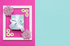 Fundo azul do dia ou do aniversário do ` s do dia, do Valentim do ` feliz s do dia, das mulheres do ` s da mãe e cor-de-rosa past Imagens de Stock Royalty Free