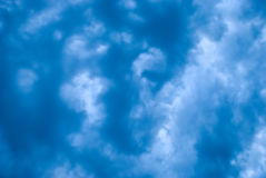 Fundo azul nebuloso Foto de Stock
