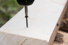 Fundo bonde da chave de fenda com parafuso, máquina sem corda da chave de fenda da perfuração Imagem de Stock Royalty Free