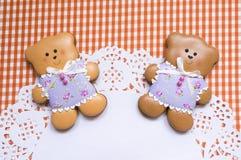 Fundo bonito com ursos do mel-bolo Fotografia de Stock Royalty Free