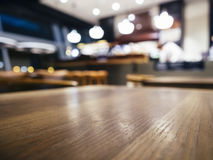 Fundo borrado contador da loja do restaurante da barra do tampo da mesa Fotografia de Stock Royalty Free