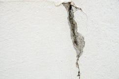 Fundo branco da parede com textura das quebras Foto de Stock Royalty Free