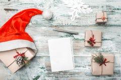 Fundo branco Letra à mensagem do ` s de Santa Cartão do Natal, Natal, ano novo e Xmas Imagens de Stock