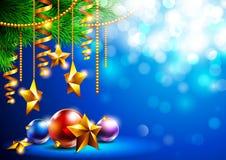 Fundo brilhante do Natal com árvore e brinquedos de Natal Imagem de Stock