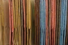 Fundo colorido da tela de uma série de tapetes fotografia de stock