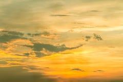 Fundo colorido do céu no crepúsculo Foto de Stock
