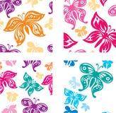Fundo com borboletas coloridas Ilustração Stock