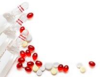 Fundo com comprimidos e tubos de ensaio Imagem de Stock Royalty Free