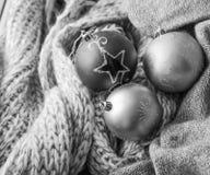Fundo com esferas do Natal Imagens de Stock