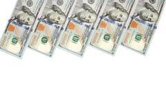 Fundo com notas de dólar do americano cem do dinheiro com espaço da cópia para dentro Quadro de denominações das cédulas de 100 d Fotos de Stock Royalty Free