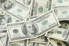 Fundo com notas de dólar do americano cem do dinheiro Imagens de Stock Royalty Free