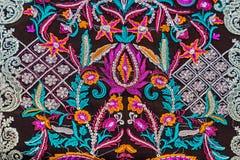 Fundo com o material bordado de Bistrita-Nasaud, romano fotografia de stock royalty free
