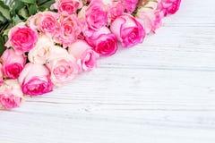 Fundo com rosas Feriado da concepção, dia do ` s do Valentim, 8 miliampères Foto de Stock Royalty Free