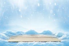Fundo com tabela coberto de neve fotografia de stock