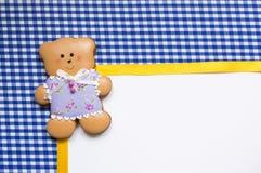 Fundo com um urso do mel-bolo Fotografia de Stock Royalty Free