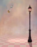 Fundo cor-de-rosa com uma lâmpada de rua ilustração do vetor