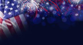 Fundo da bandeira americana e do bokeh com espaço do fogo de artifício e da cópia Foto de Stock