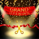 Fundo da grande inauguração com confetes do projetor e do ouro Fotos de Stock