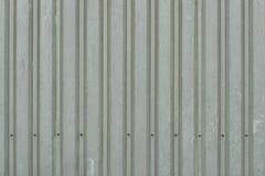 Fundo da obscuridade resistida - painéis de parede verdes do metal Fotografia de Stock Royalty Free