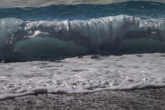 Fundo da onda do mar Vista das ondas da praia imagens de stock royalty free